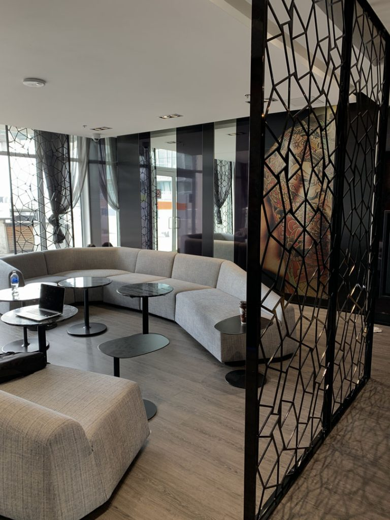 condo lobby sitting area with amazing painting Markham
