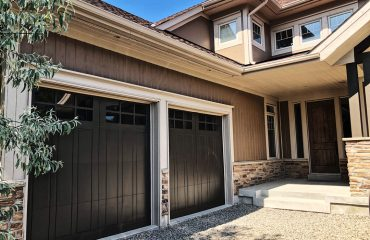 garage and house exterior painting - painting contractors Vaughan