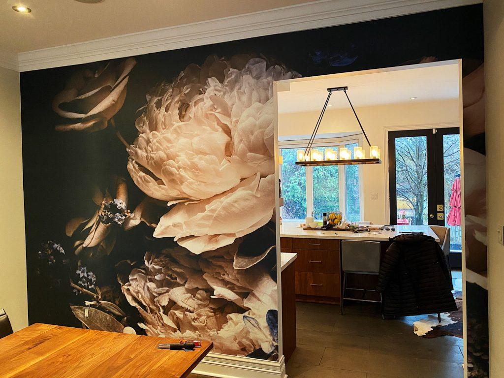 custom wallpaper in the dining room Aurora