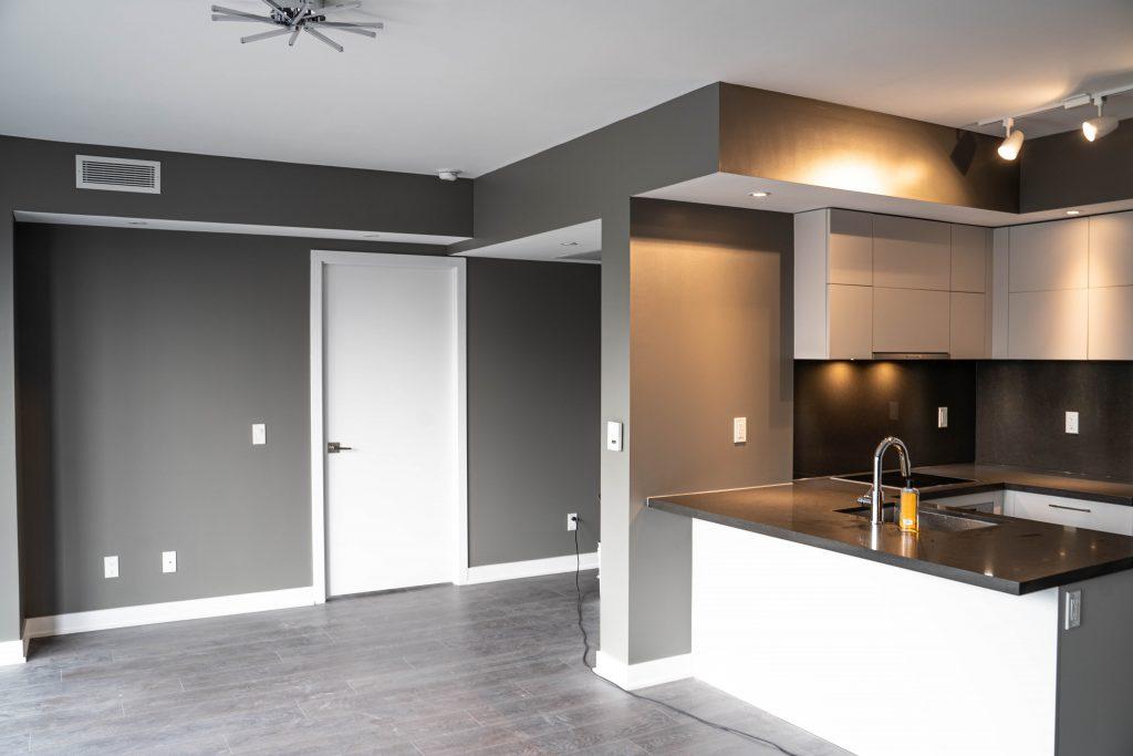 amazing interior painting - painting contractors toronto