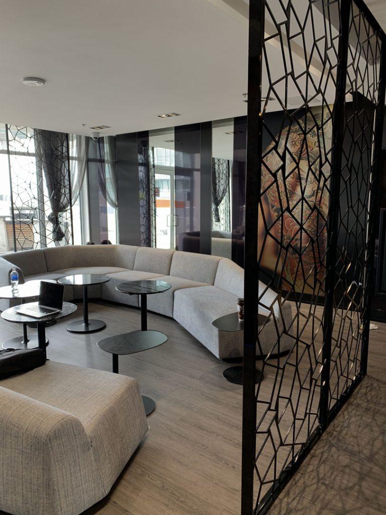 condo lobby sitting area with amazing painting Markham